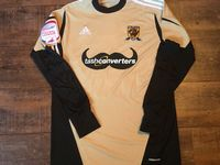 Global Classic Football Shirts | 2012 Hull City Match Worn Vintage Old Soccer Jerseys
